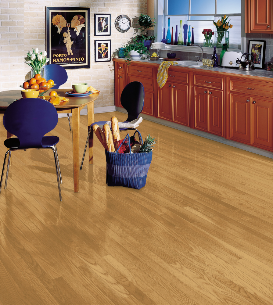Bruce Manchester Strip & Plank Red Oak Natural C1210