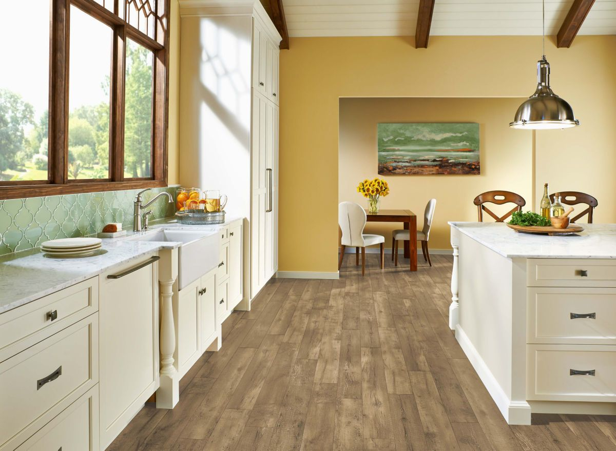 Armstrong Luxe Plank With Fastak Install Farmhouse Plank Natural A6717741