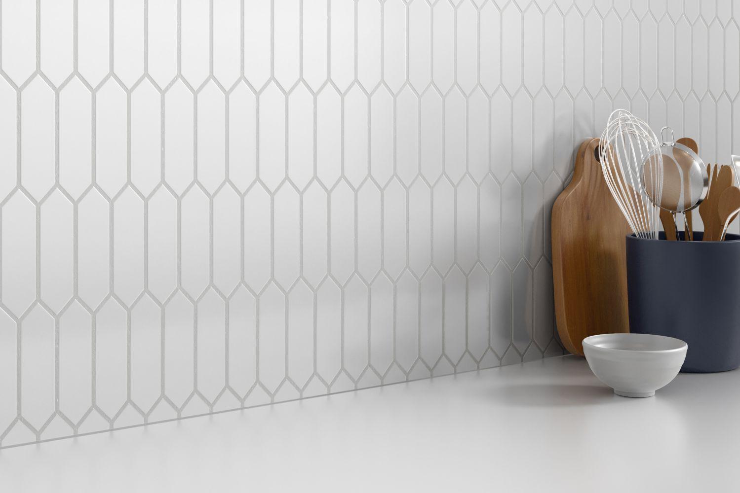 Emser Concept Glass Xsemi-Gloss White W93CONCWH0810MPK