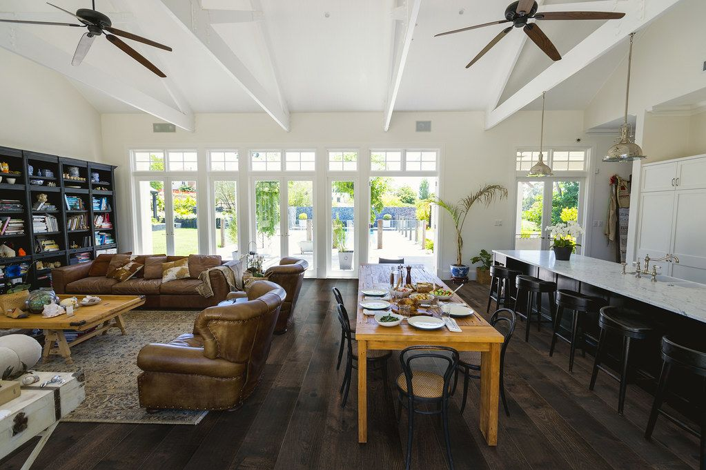 Cali Hardwoods Odyssey Contemporary, Traditional, Country, Eclectic Athena Oak CAL-7603000900
