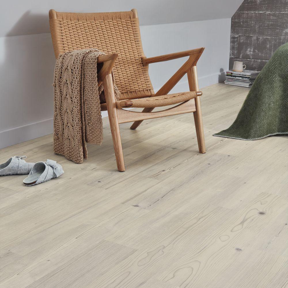 Karndean Grey Scandi Pine KP131