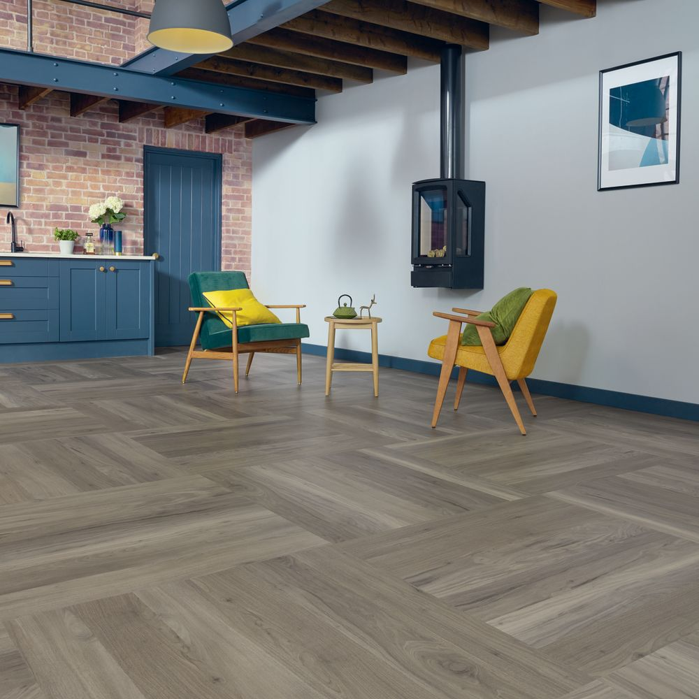 Karndean Bleached Grey Walnut WP329