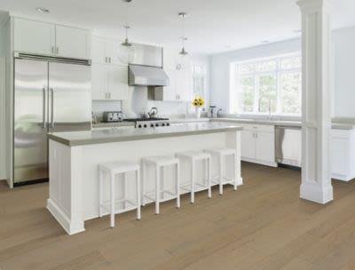 Mohawk Ultrawood Select Crosby Cove Chiffon Oak WED16-04