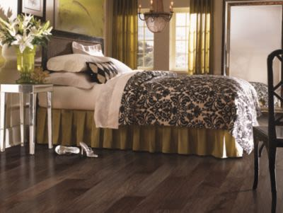 Mohawk Brookedale Soft Scrape Uniclic Natural Walnut WEC58-4