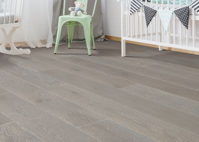 Mohawk Coastal Couture Compass Oak WEM03-28