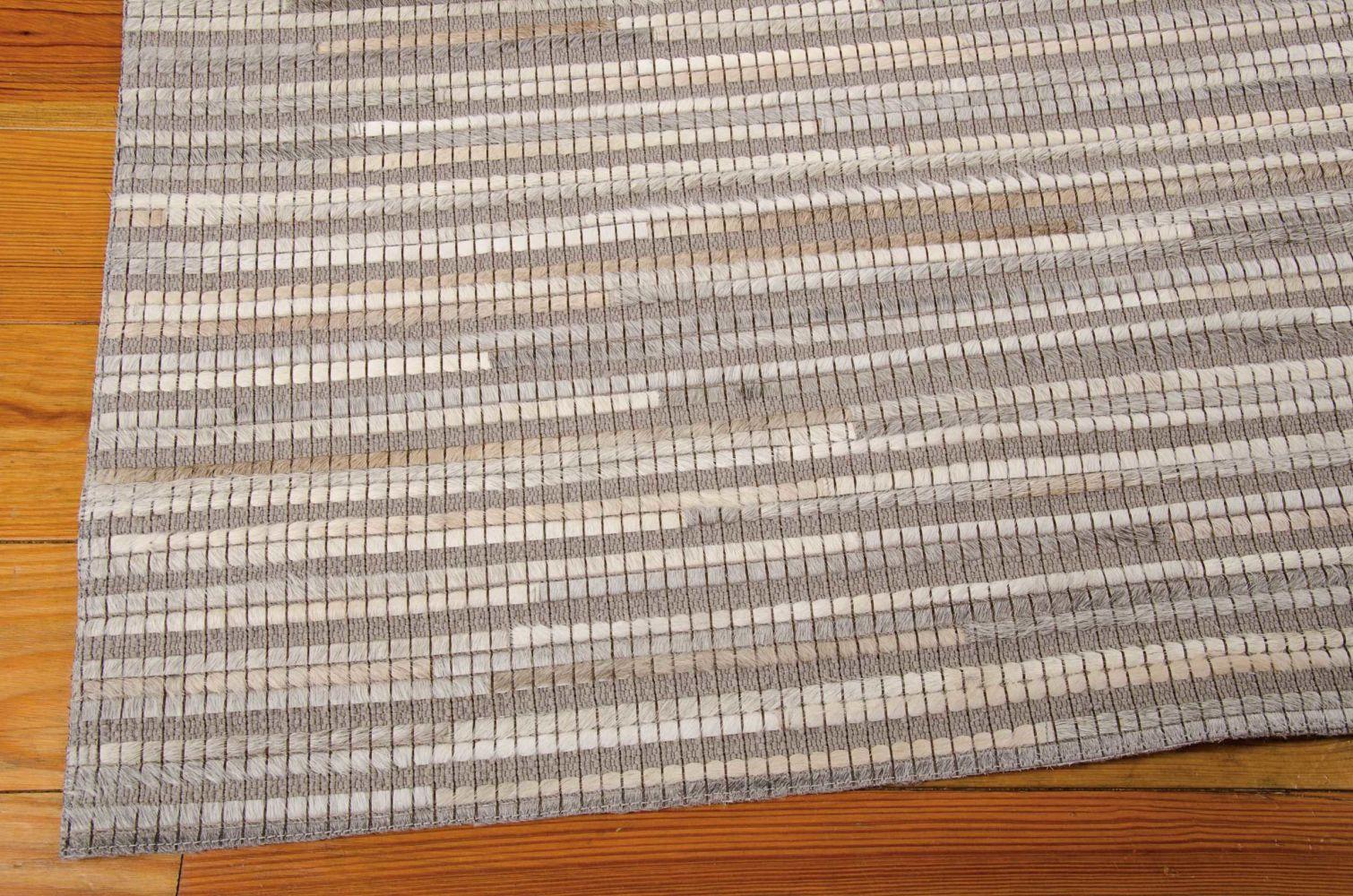Nourison Capelle Silver 5'3″ x 7'4″ CPEL1SLVR5X8