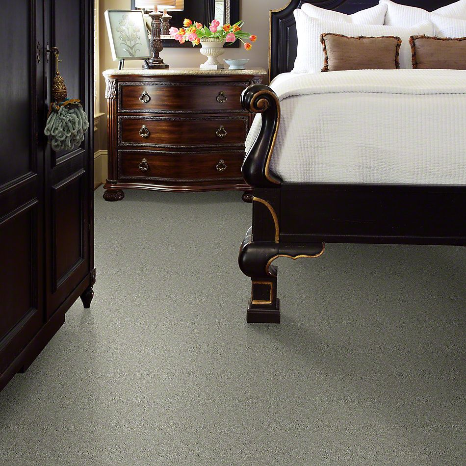 Shaw Floors Dyersburg Classic 12′ Antique Silk 00131_E0947