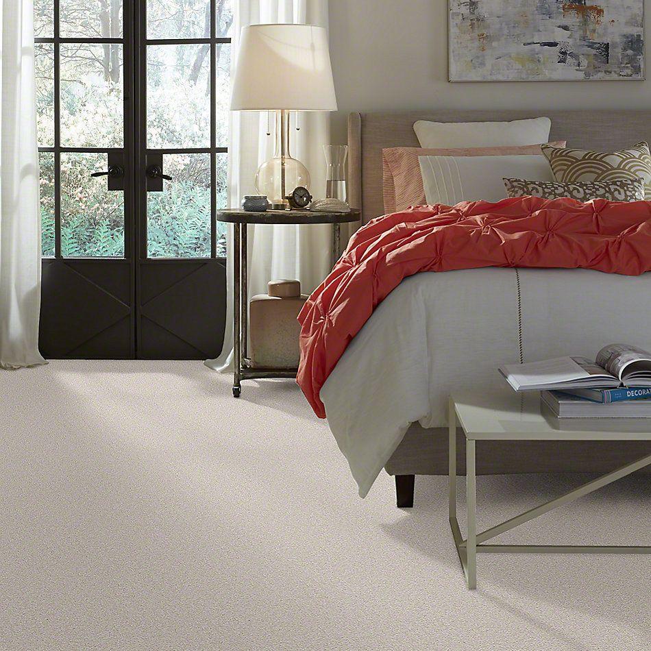 Shaw Floors Magic At Last III 15′ Ivory Lace 00143_E0236