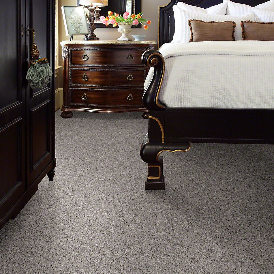 Shaw Floors Talk To The Hand II Frosted Glass 00190_E0946