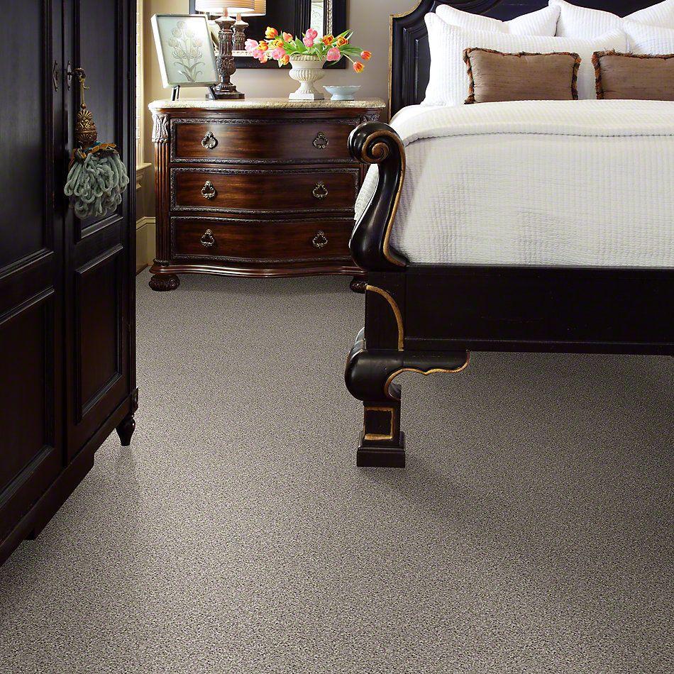Shaw Floors Talk To The Hand III Early Dawn 00193_E0975