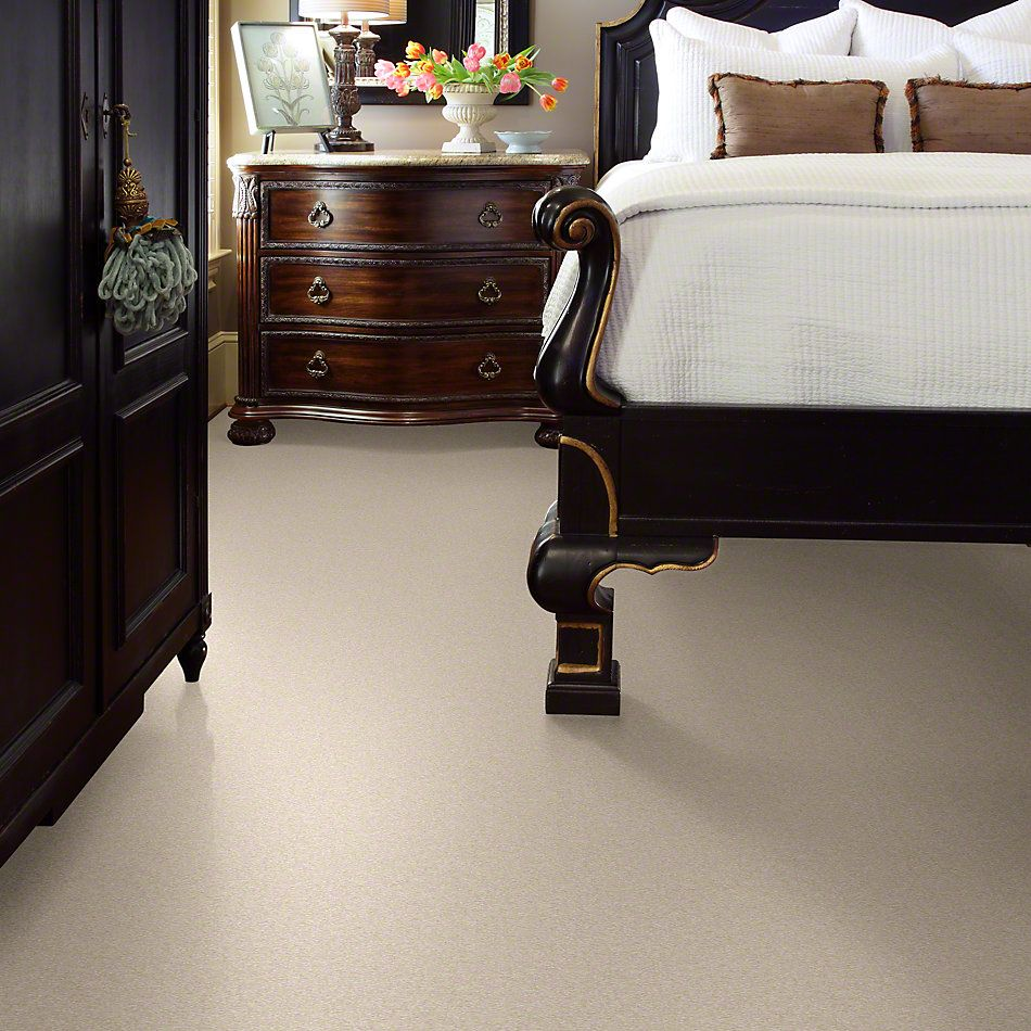 Shaw Floors Sandy Hollow III 12′ Almond Flake 00200_Q4277
