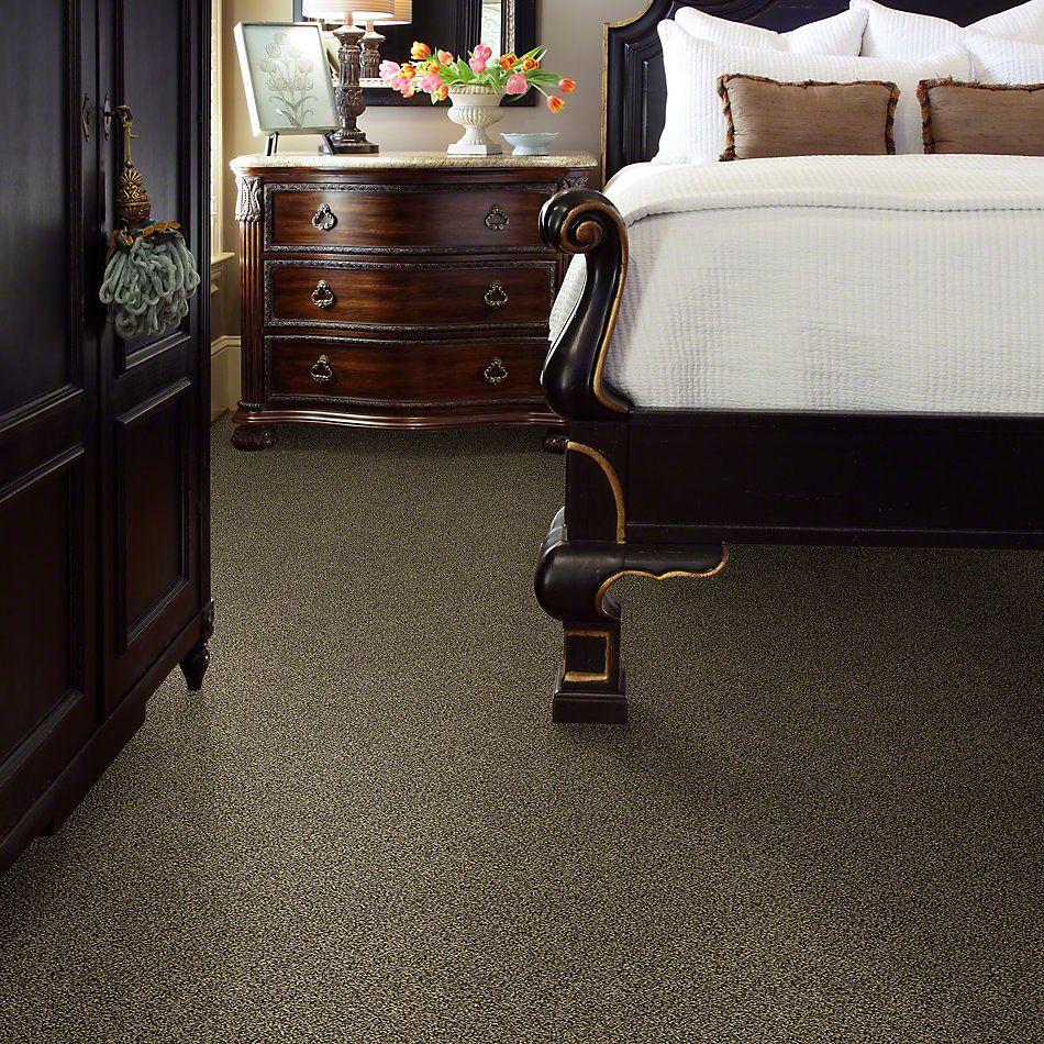 Shaw Floors 300sl 12′ Vintage Brass 00221_EA763