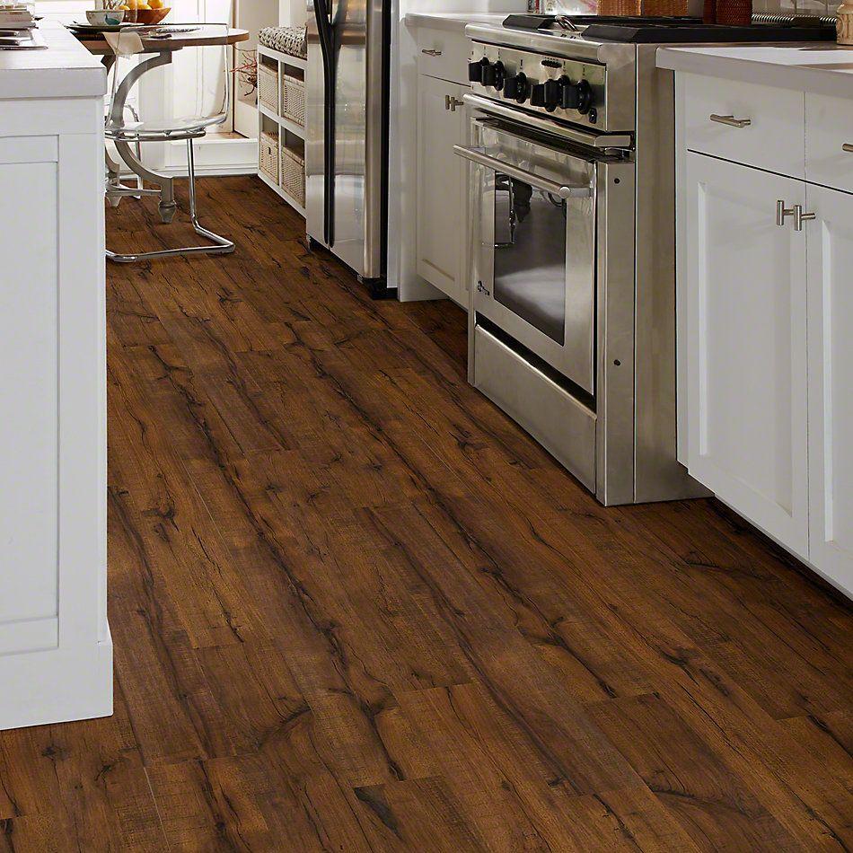 Shaw Floors Versalock Laminate Timberline Sawmill Hickory 00255_GT012