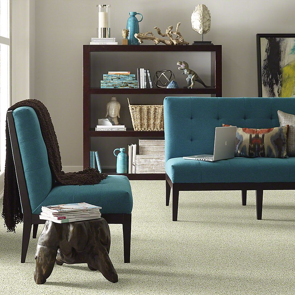 Anderson Tuftex SFA Glitzy Gem Green Room 00323_949SF