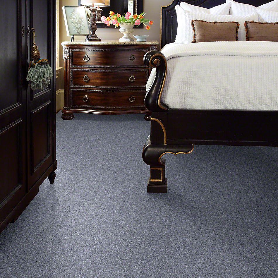 Shaw Floors Sandy Hollow III 12′ Blue Suede 00400_Q4277