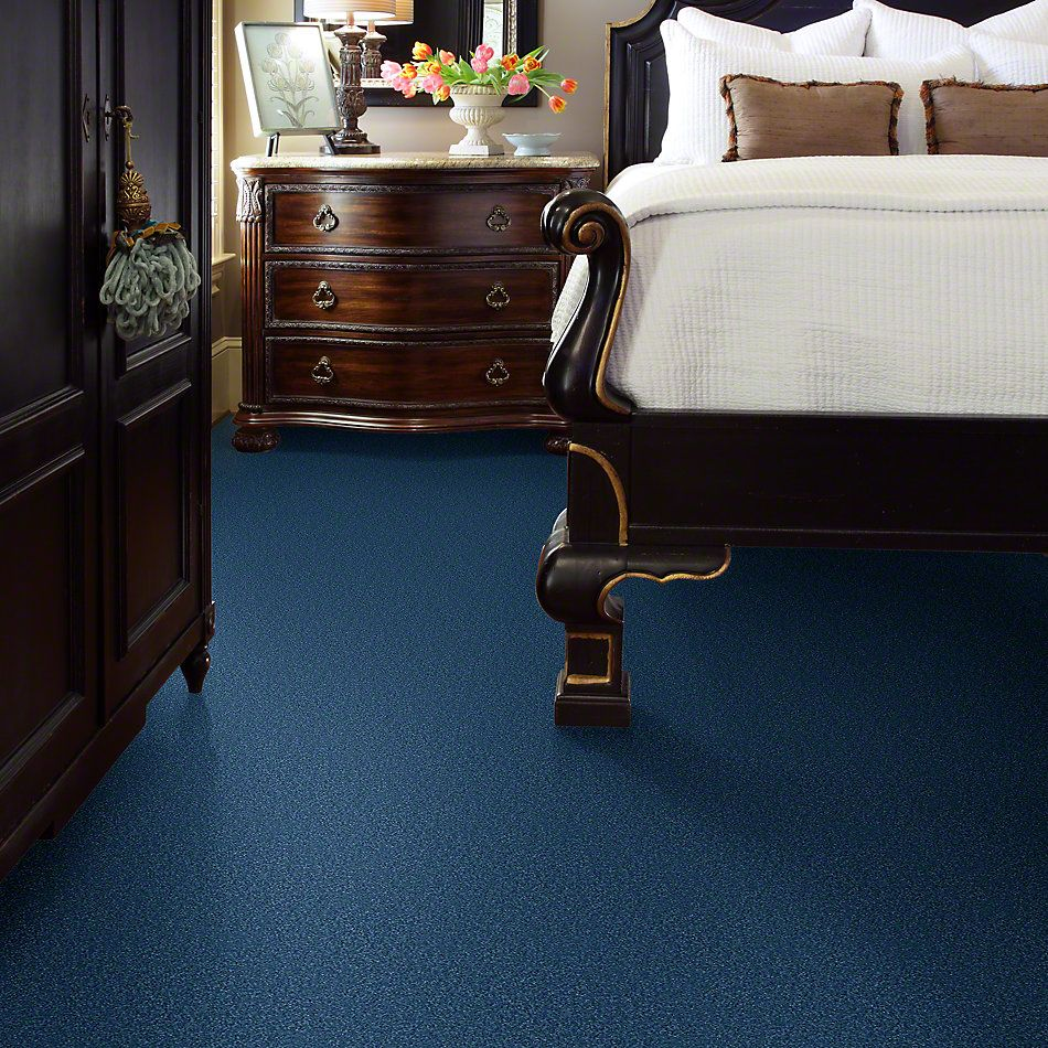 Shaw Floors Queen Point Guard 12′ Indigo 00441_Q4855