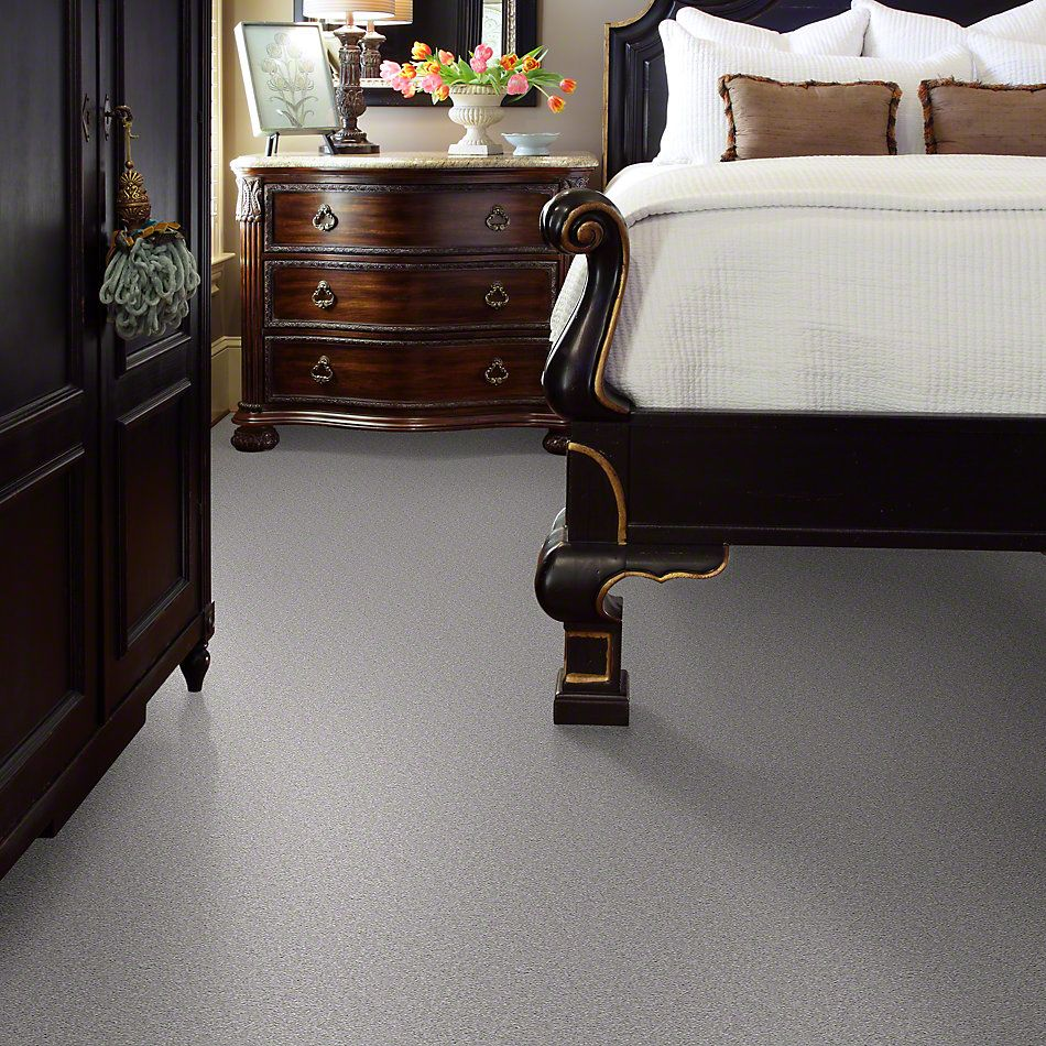 Shaw Floors Queen Sandy Hollow I 15′ Silver Charm 00500_Q4274