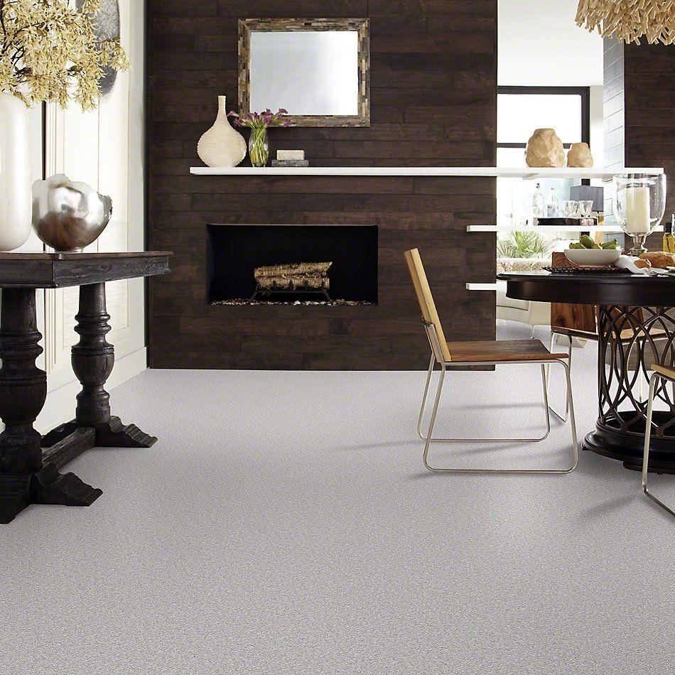 Shaw Floors Queen Sandy Hollow II 12′ Silver Charm 00500_Q4275