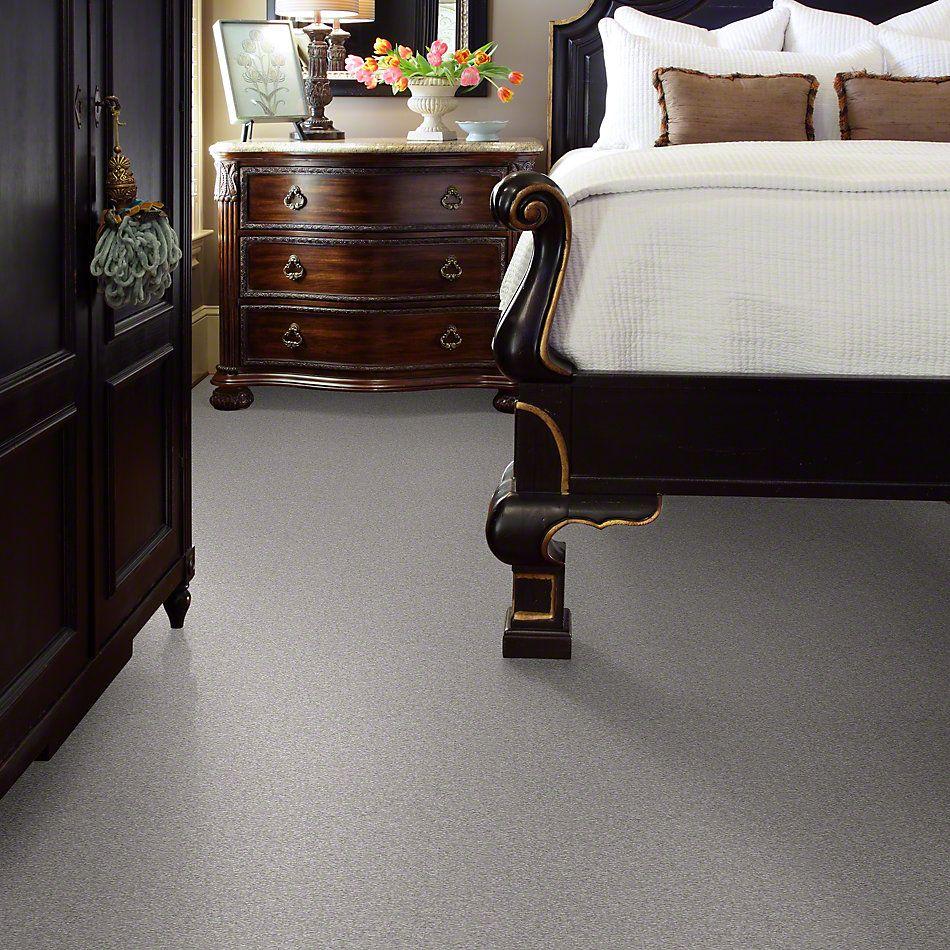 Shaw Floors Sandy Hollow III 12′ Silver Charm 00500_Q4277