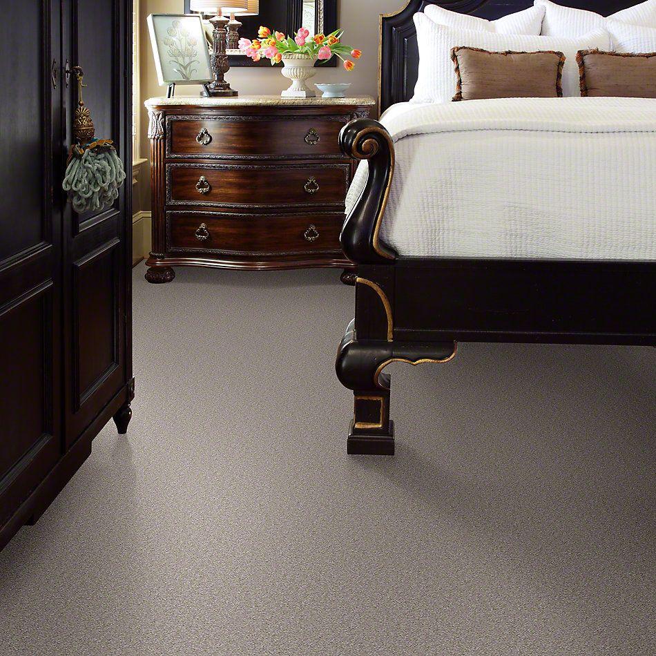 Shaw Floors Sandy Hollow II 15′ London Fog 00501_Q4276