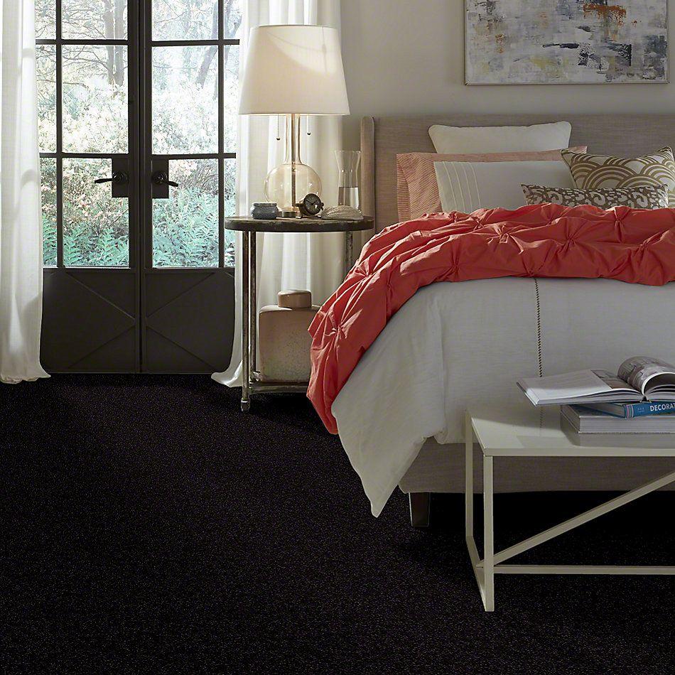 Shaw Floors Town Creek III Iron Ore 00503_52S32