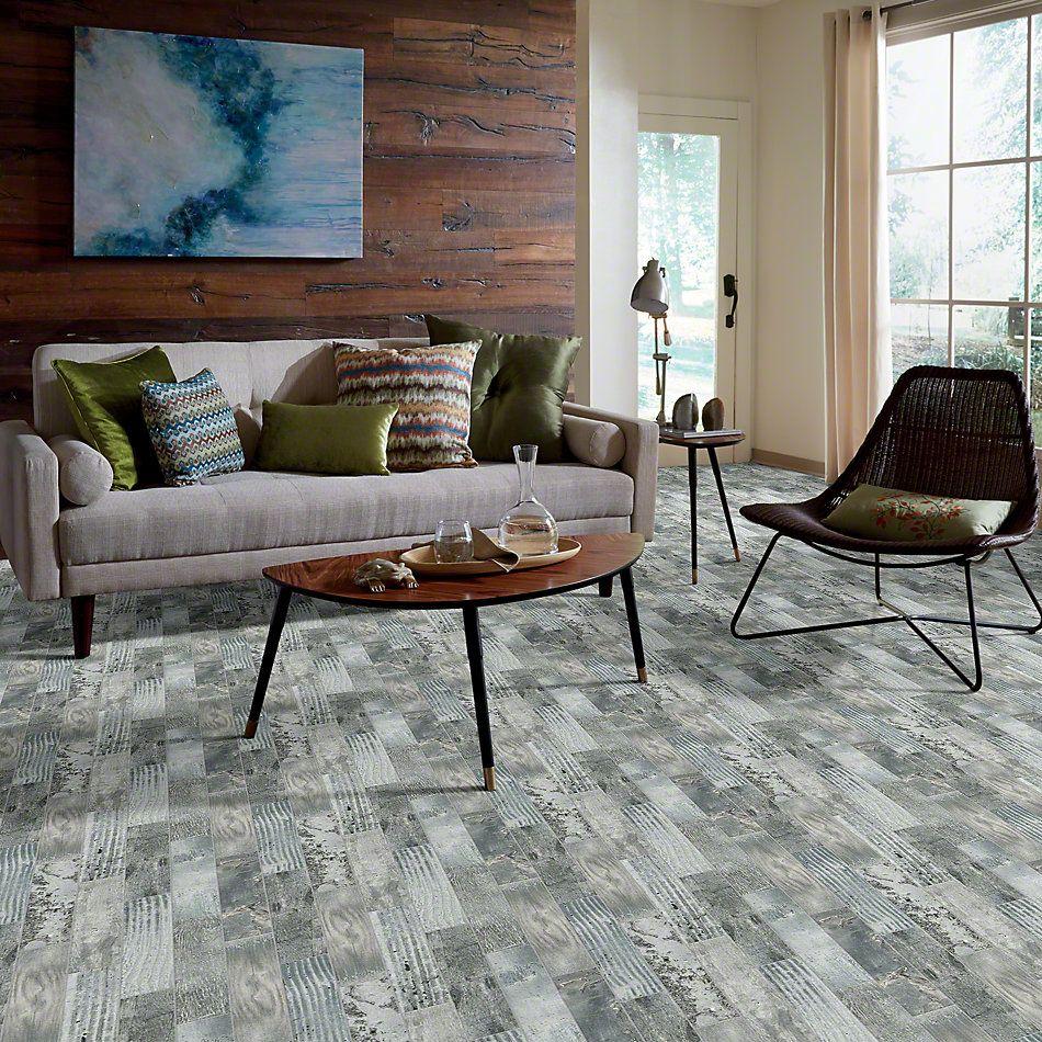 Shaw Floors Emberwood2.5×16 Ash 00510_CS70Z