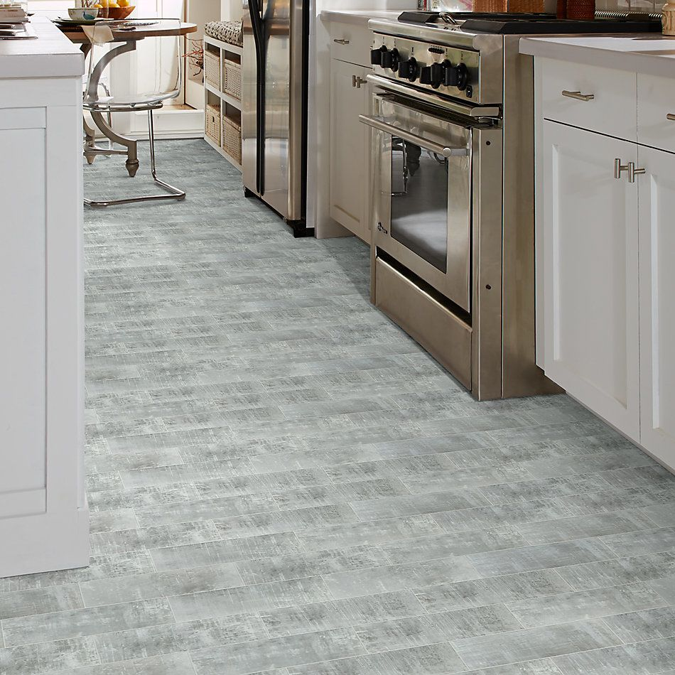 Shaw Floors Urban Groove4x12 Silver Frost 00510_TG43D