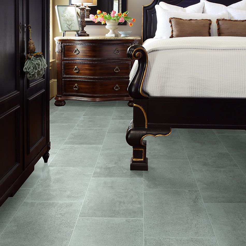 Shaw Floors Ceramic Solutions Unveil 12×24 Core 00515_CS33J