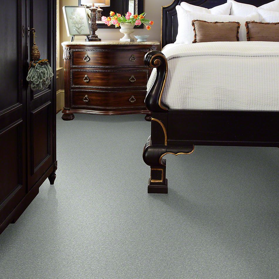 Shaw Floors Newbern Classic 15′ Morning Fog 00530_E0950