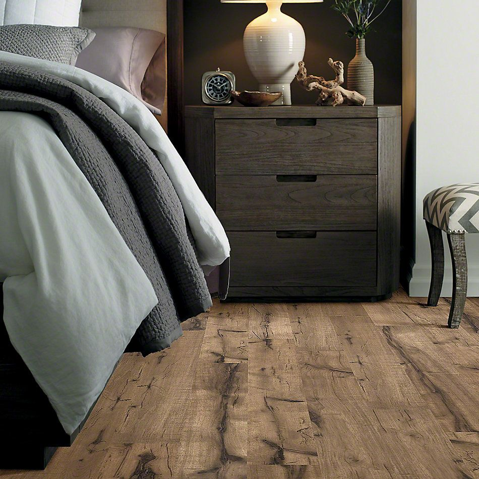 Shaw Floors Home Fn Gold Laminate Mackinaw Peavey Grey 00543_HL247