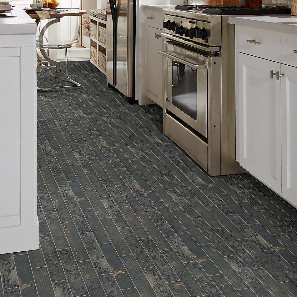 Shaw Floors Emberwood2.5×16 Carbon 00571_CS70Z