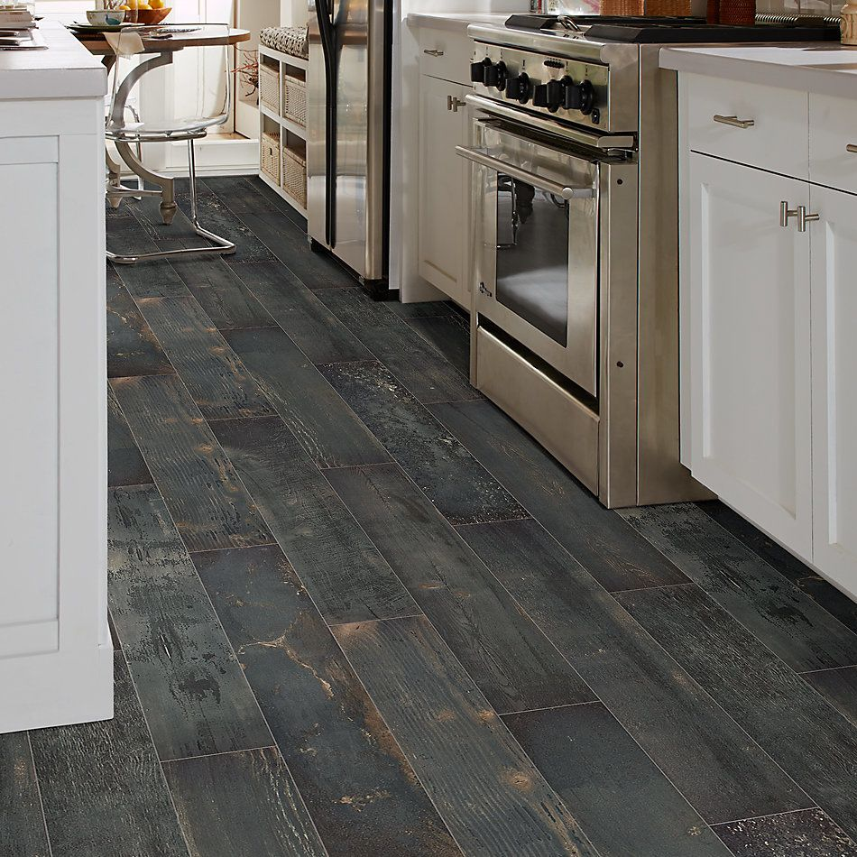 Shaw Floors Charwood 7×47 Carbon 00571_TG28D