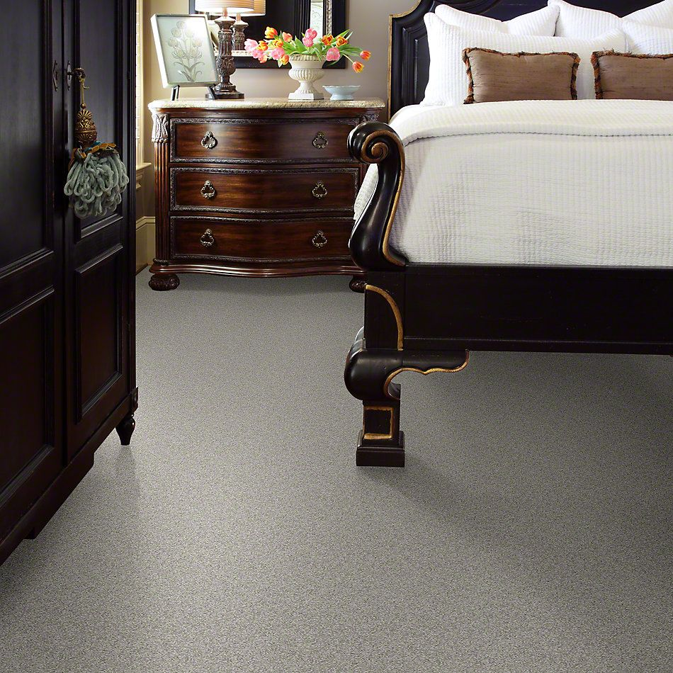 Shaw Floors Foundations Keen Senses I Lady In Gray 00590_E9714