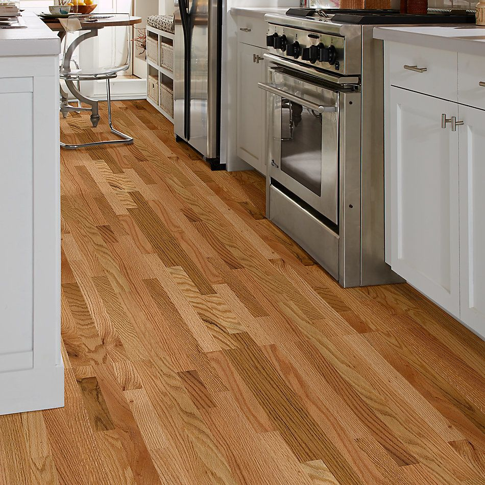 Shaw Floors Home Fn Gold Hardwood Family Reunion 2.25 Red Oak Natural 00700_HW424
