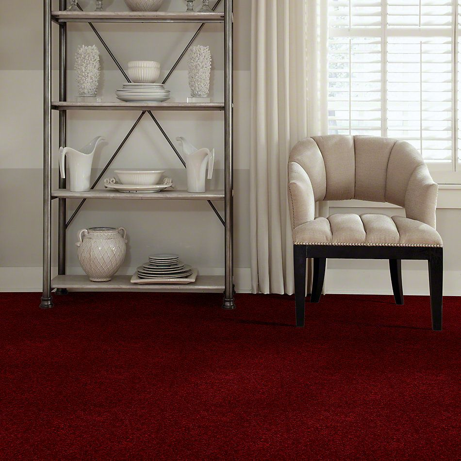 Shaw Floors Town Creek I 15′ Cherry Red 00800_52V12