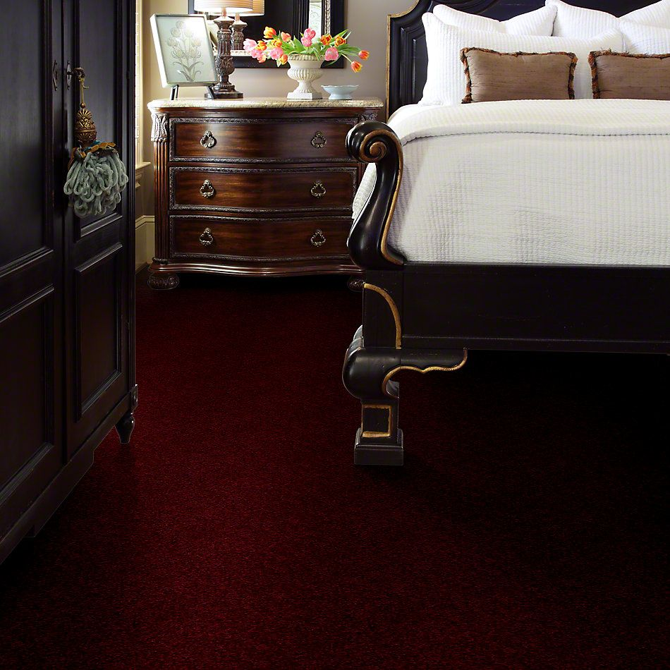 Shaw Floors Town Creek I 15′ Vintage Wine 00801_52V12