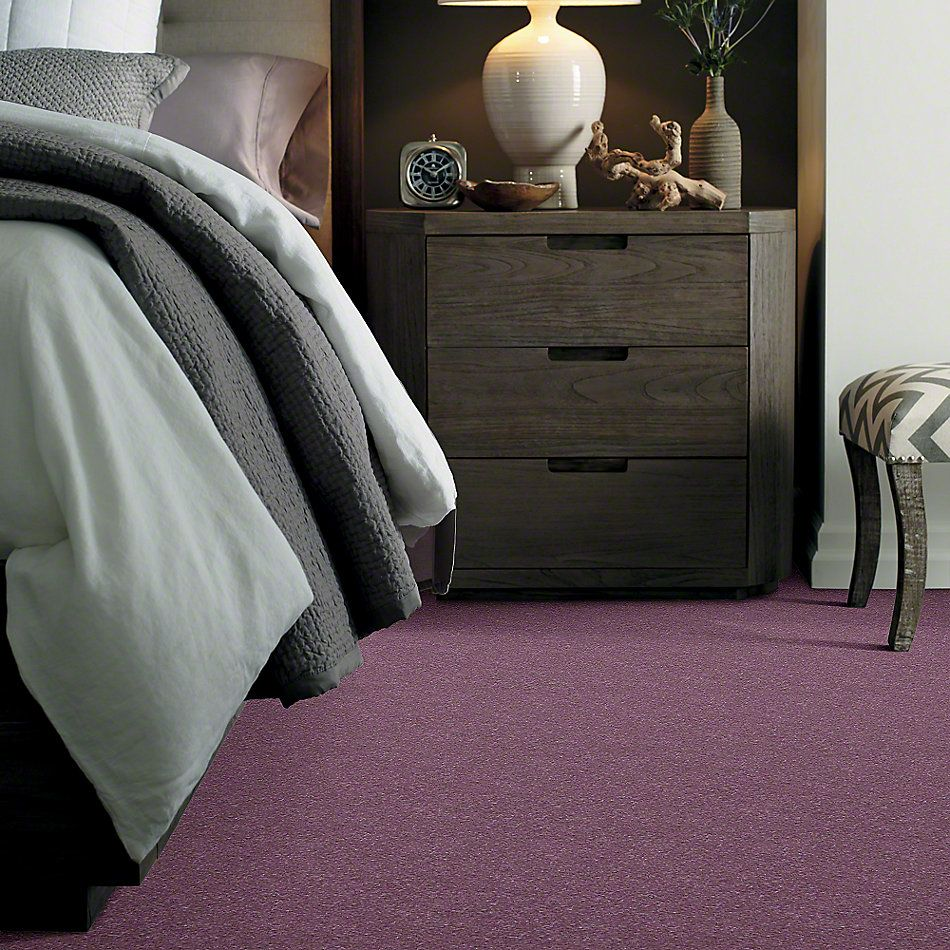 Shaw Floors Secret Escape I 15′ Lavender 00910_E0049