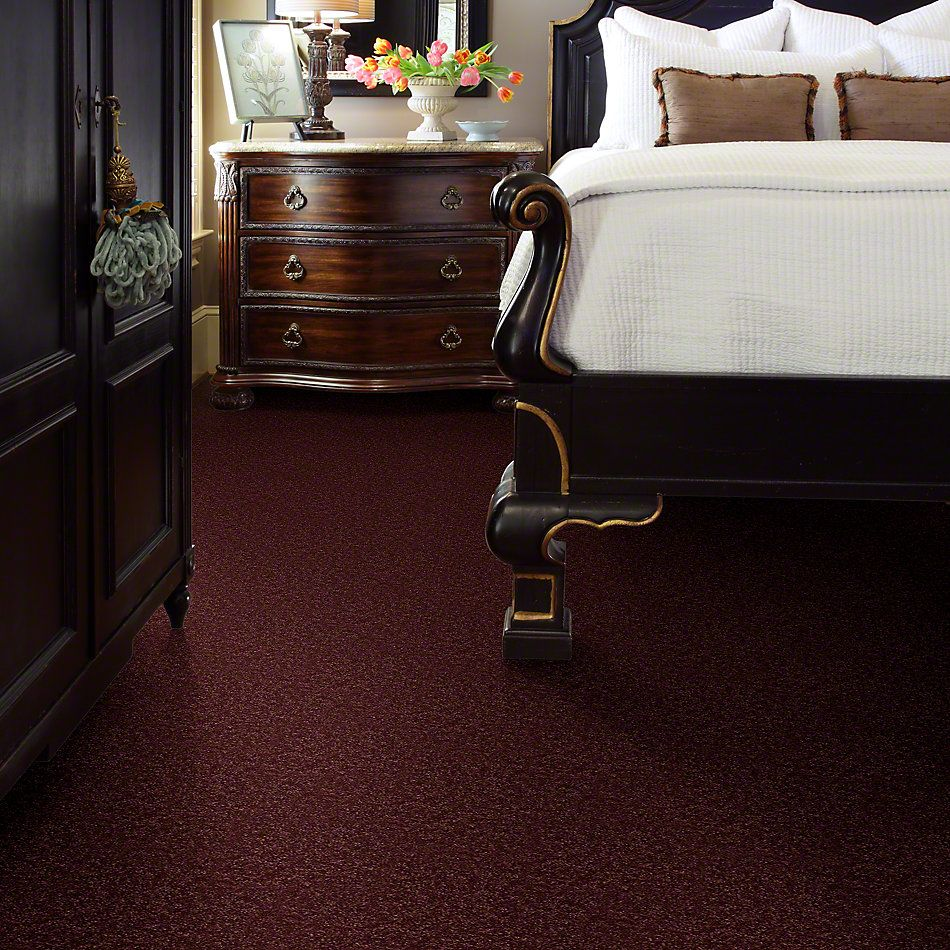 Shaw Floors Dyersburg Classic 15′ Radiant Orchid 00931_E0948