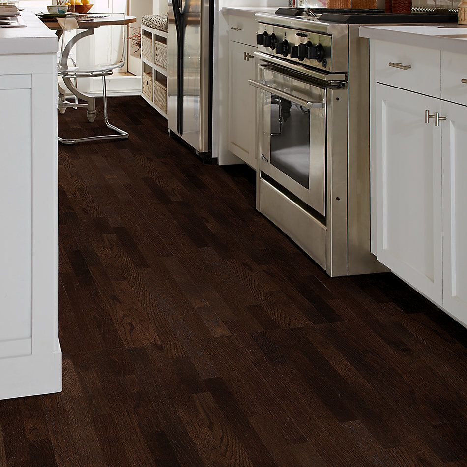 Shaw Floors Home Fn Gold Hardwood Family Reunion 2.25 Coffee Bean 00958_HW424