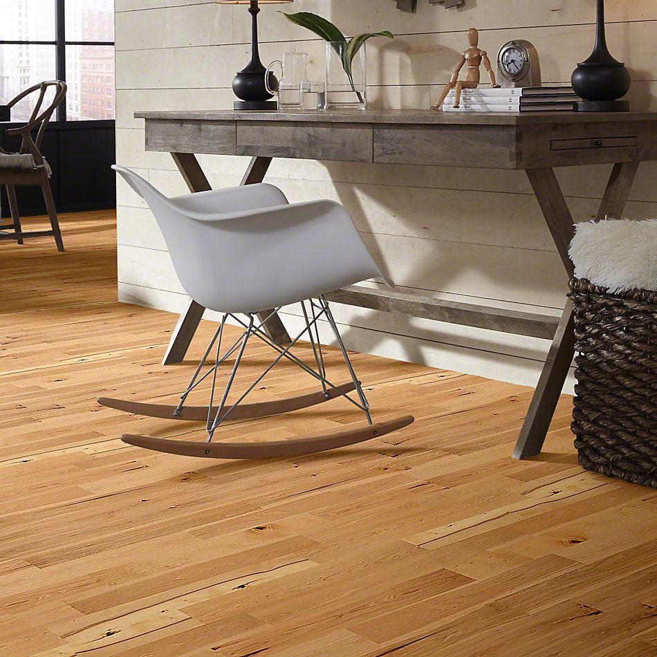 Shaw Floors Shaw Design Center Buckingham Hickory Coat Of Arms 00993_DC241