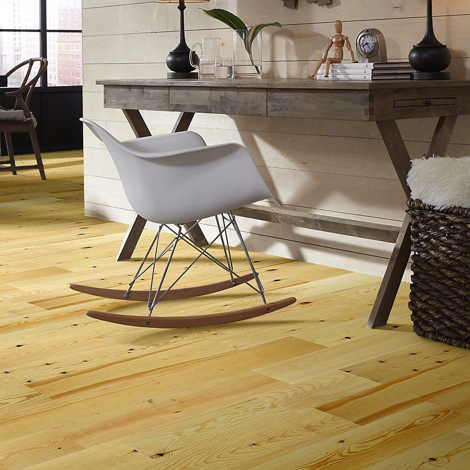 Shaw Floors Floorte Exquisite Natural Pine 01053_FH820
