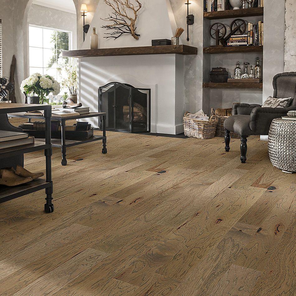 Shaw Floors Home Fn Gold Hardwood Flat Iron 5 Sumac 01085_HW711