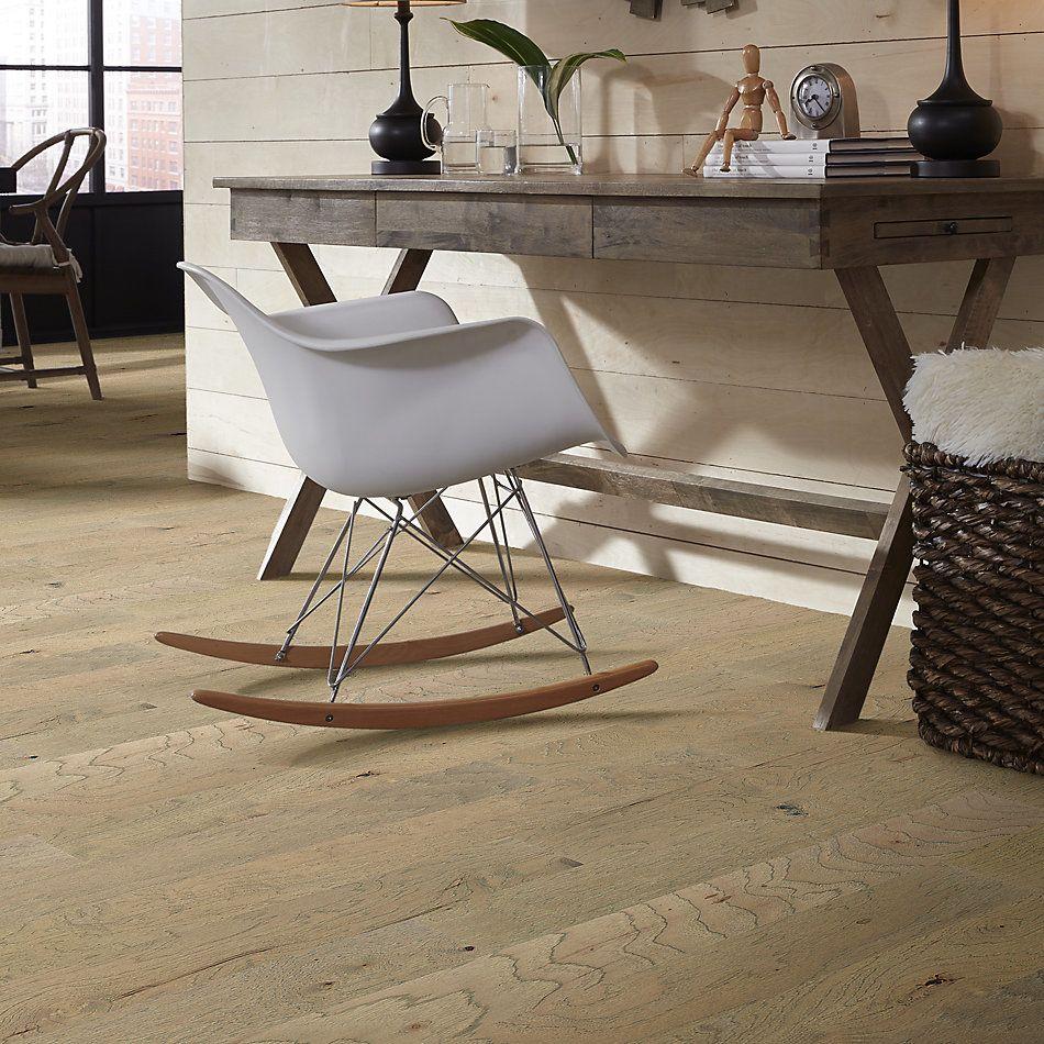 Shaw Floors Home Fn Gold Hardwood Flat Iron 6 3/8 Sumac 01085_HW712