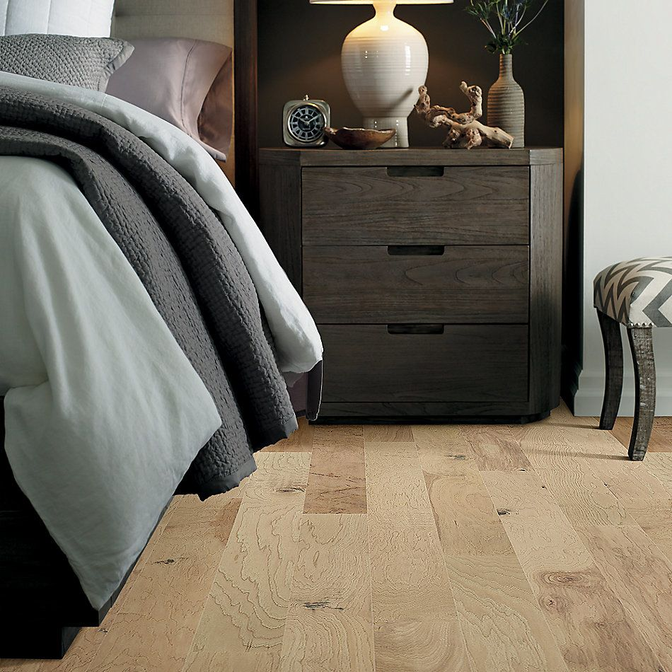 Shaw Floors Epic Legends Pebble Hill Hickory 5 Linen 01086_SW219
