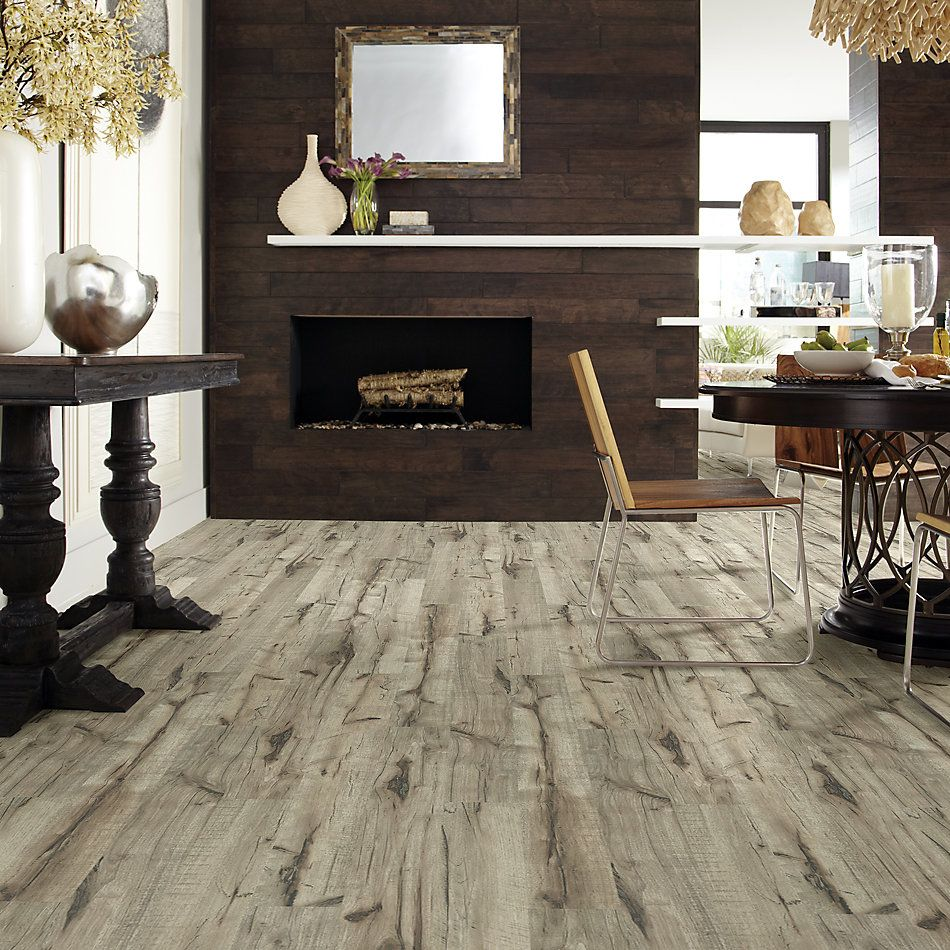Shaw Floors Versalock Laminate Commend Golden Hickory 02005_SML03