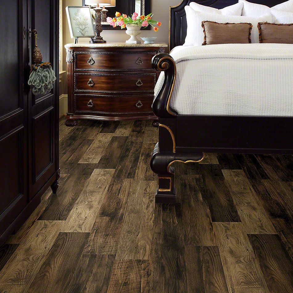 Shaw Floors Versalock Laminate Pier Park Sunlight Beige 02007_SL379