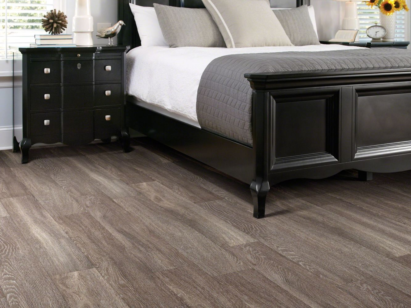 Shaw Floors Vinyl Residential World's Fair 12mil Dublin 00763_0319V