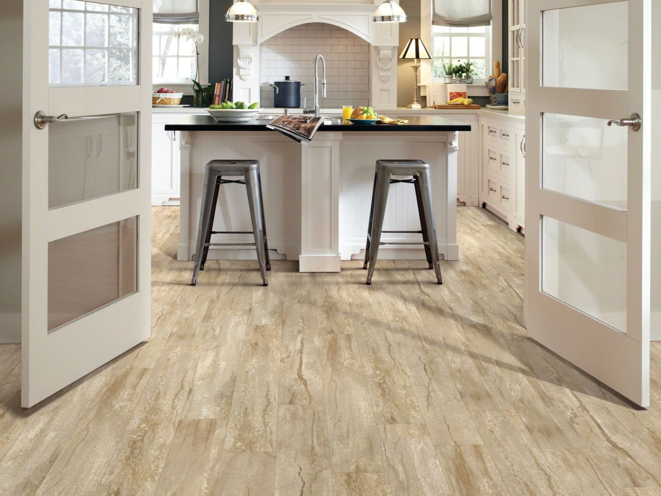Shaw Floors Resilient Residential Classico Plank Latte 00209_0426V