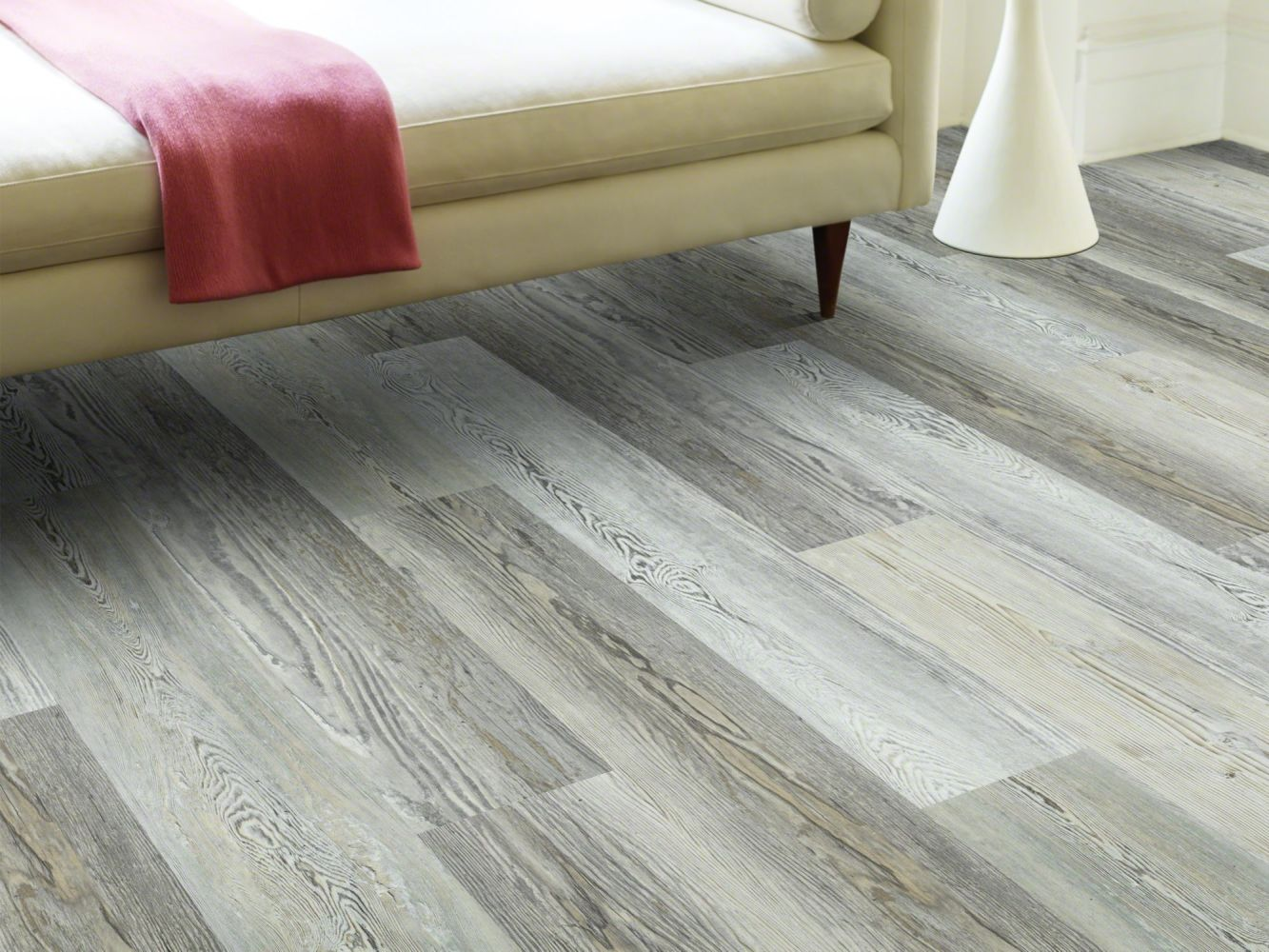Shaw Floors Resilient Residential Rainier Plus Ashland Pine 05032_0456V