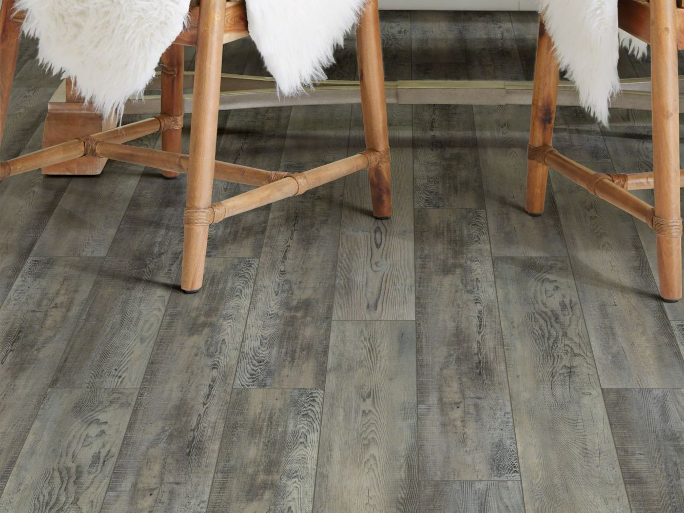 Shaw Floors Vinyl Residential Mojave HD Plus Calcare 00598_0461V